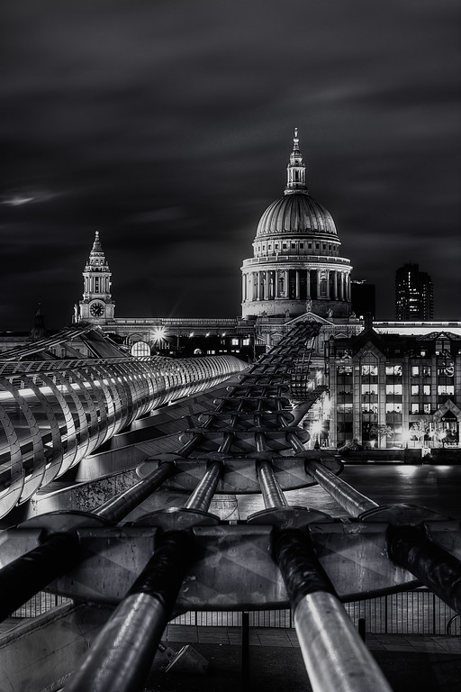 The Bridge to St Paul's