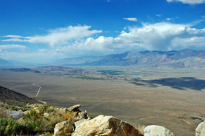 Looking north over Owens Valley (Alabama Hills and Lone Pine in the distance) from Horseshoe Meadows Road.