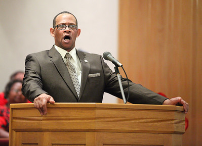 Pastor Loversier Lewis, of Second Baptist Church in Lorain, is the keynote speaker for the  Lorain Branch NAACP Annual Rev. Dr. Martin Luther King Jr. Observance, Sunday evening. He spoke of not just reaching forward, but remembering to reach back just as Sojourner Truth reached back to help those who were struggling. photo by Ray Riedel