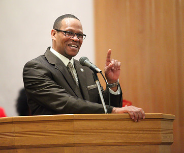 Pastor Loversier Lewis, of Second Baptist Church in Lorain, is the keynote speaker for the  Lorain Branch NAACP Annual Rev. Dr. Martin Luther King Jr. Observance, Sunday evening. Here he shares a lighter moment with the congregation. photo by Ray Riedel
