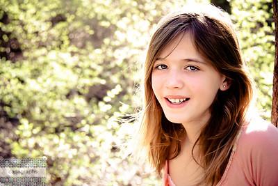 Laura Harris sunny smile-