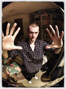 Tom, iPhone fisheye