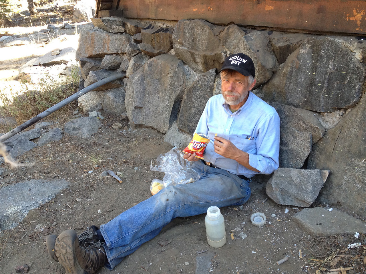 One of my heroes:  Dick Simpson.  Stanford astrophysicist by day, Sierra Club backcountry ski hut coordinator by night.  Super fit and can chop wood like nobody's business!  (See video at the end if you want to see understated poetry in motion!!!!)