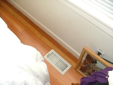 heat vent in middle bedroom