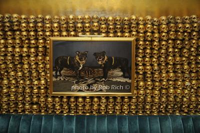 atmosphere at Goldbar photo by Rob Rich © 2009 robwayne1@aol.com 516-676-3939