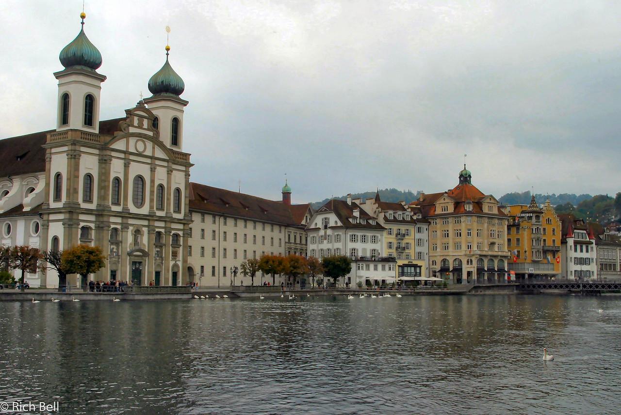 20040929Downtown Lucern Switzerland 20530