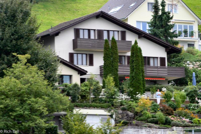 20040929Home on Lake Lucern Switzerland0539