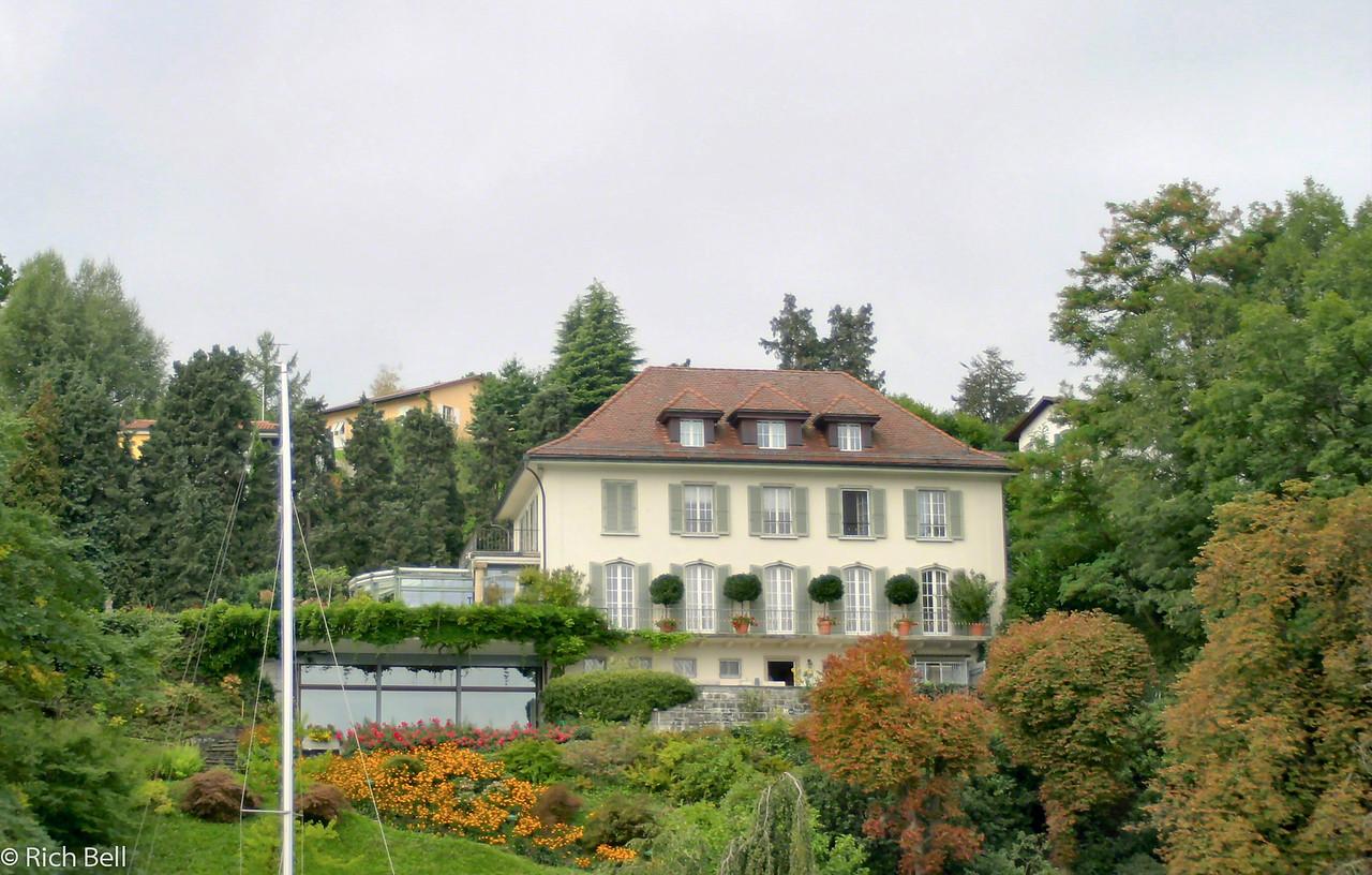 20040929Home on Lake Lucern Switzerland 20536