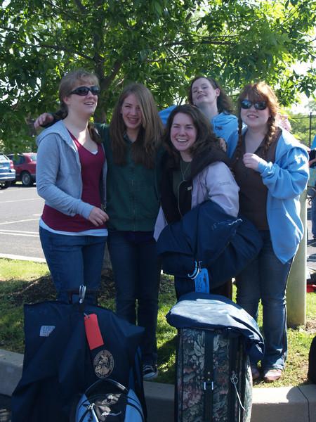 The Fruit Salad bunch-- Jess, Lydia, Carolyn, Rachel, Nichole headed for Bermuda with H.S. choir