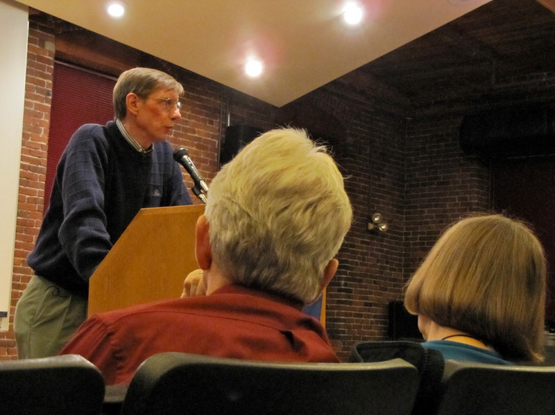 Lyme Film & Discussion at UNH Manchester, NH, 4/13/10<br /> David Hunter, Lyme advocate