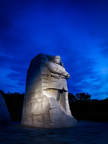 Martin Luther King Memorial - crazy morning color
