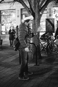 MD Lincoln Square Caroling Soirre 2014-7