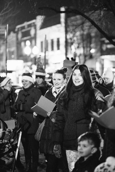 MD Lincoln Square Caroling Soirre 2014-12