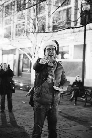 MD Lincoln Square Caroling Soirre 2014-9