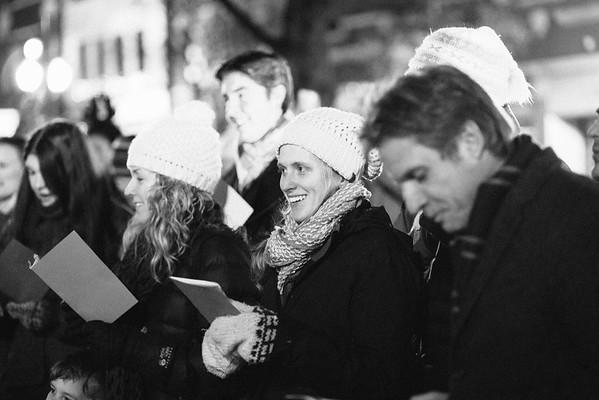 MD Lincoln Square Caroling Soirre 2014-10