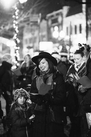MD Lincoln Square Caroling Soirre 2014-13