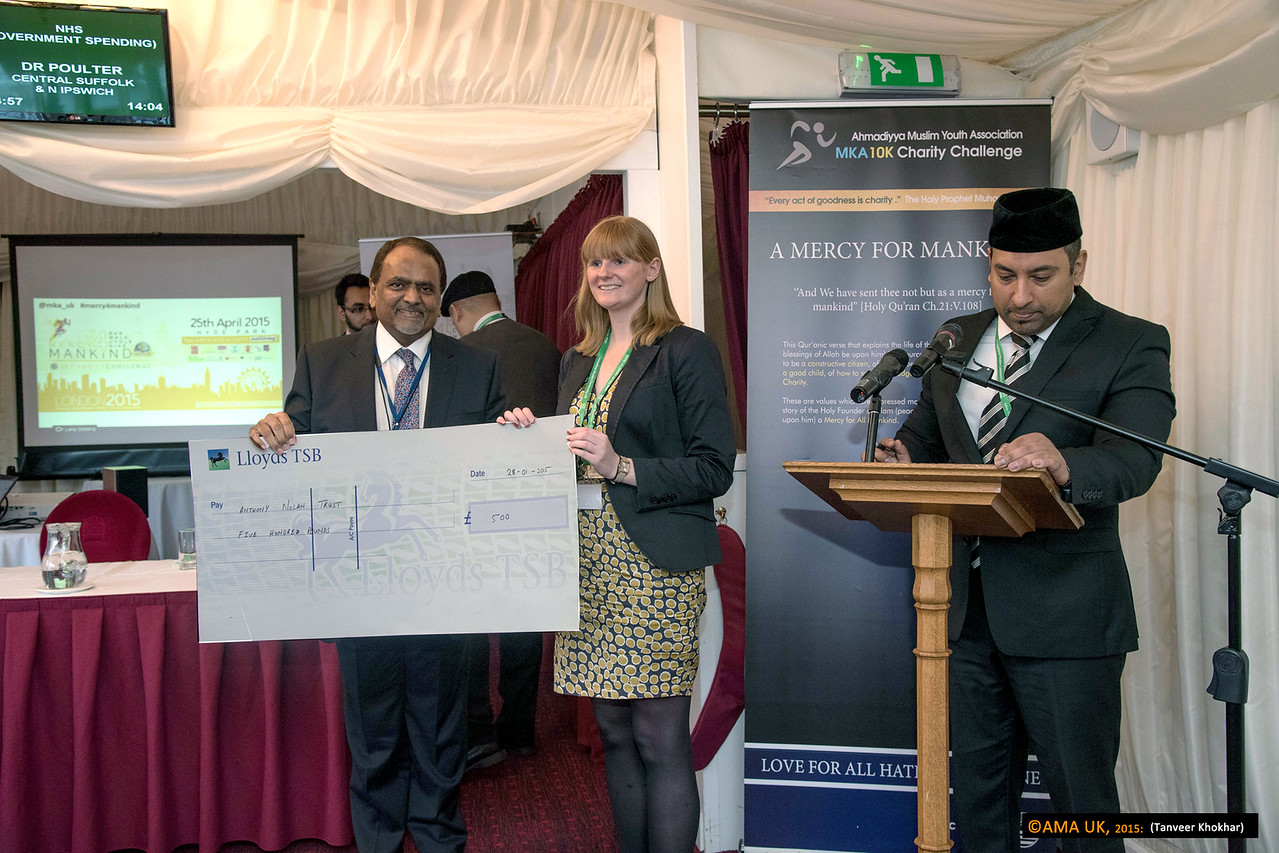 Cheque for the Anthony Nolan Trust for £500.<br /> <br /> MKA House of Lords-2351