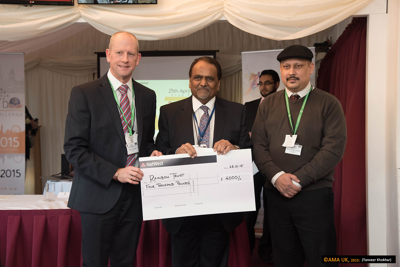 Cheque for the Rainbow Trust charity for £4000<br /> <br /> MKA House of Lords-2374