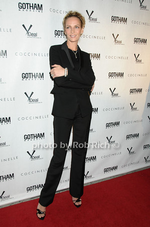 Uma Thurman<br />  photo  by Rob Rich © 2009 robwayne1@aol.com 516-676-3939