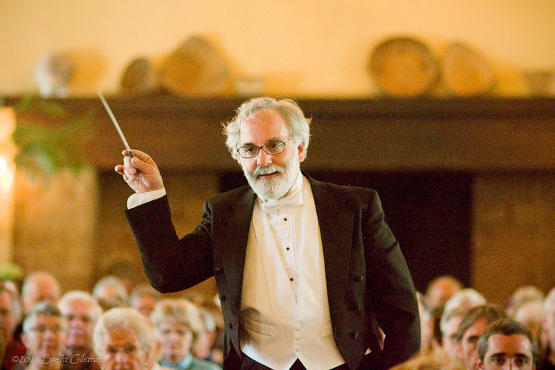 Founder and Music Director Les Marsden leads the Mariposa Symphony Orchestra in their annual spring concert.<br /> <br /> Ahwahnee Hotel<br /> Yosemite National Park<br /> 10 April 2011