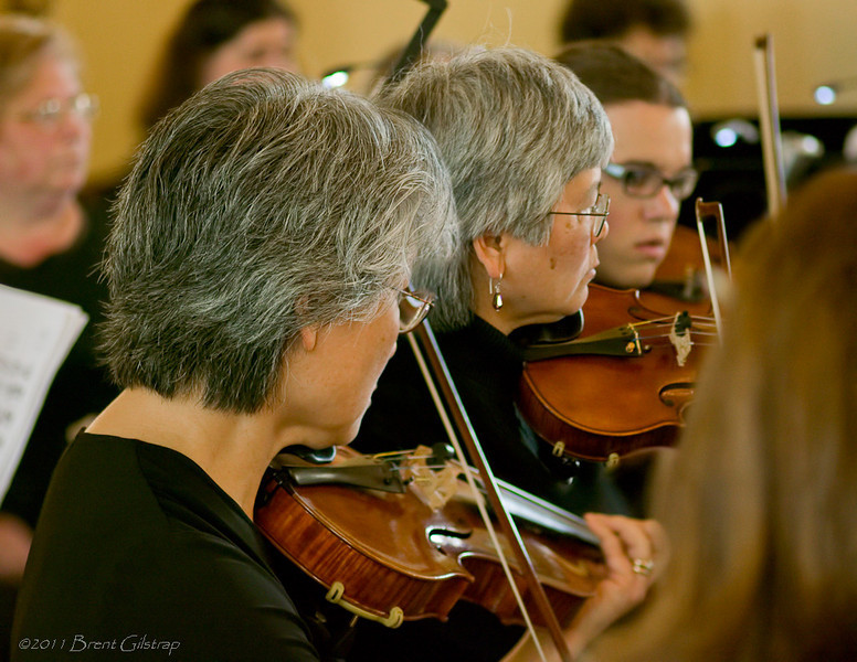Amy and Ann Yanagi, violins<br /> <br /> Ahwahnee Hotel<br /> Yosemite National Park<br /> 10 April 2011