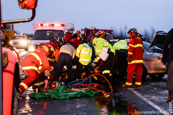 MVC highway 101, West of Exit 15 , Dec. 23, 2012