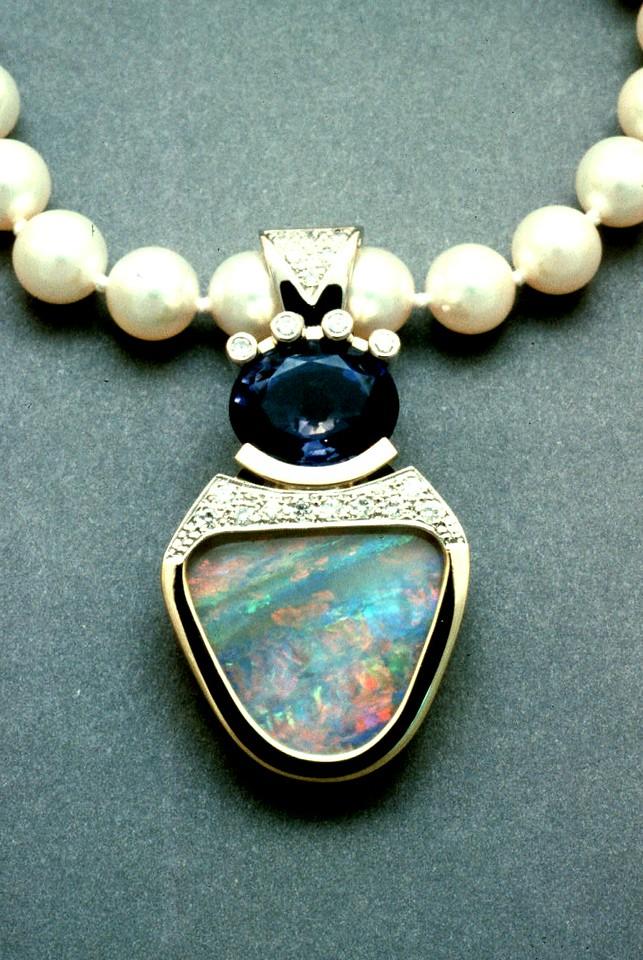 o149 opal iolte pend