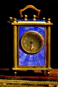 Coach Clock 1 1/2 inches tall