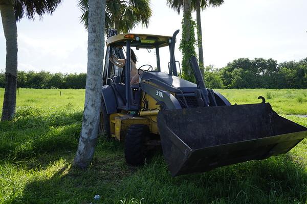 Madi Tractor