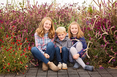 Kids in Flowers-