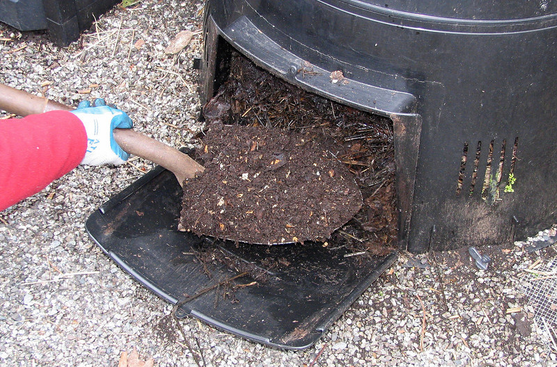 Open the composter and remove finished compost in 6-8 months.