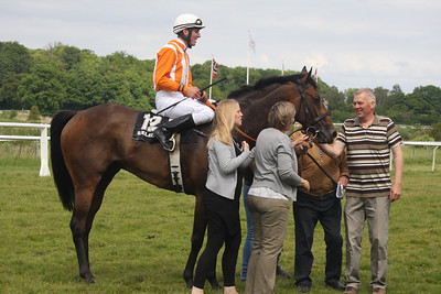 IMG_7047 Marc Stott on Maltho and all the happy owners
