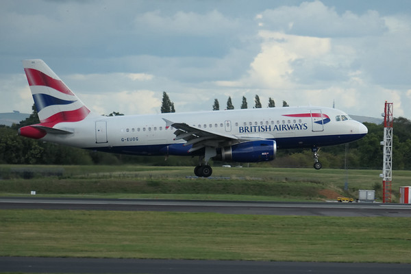 Airbus A319-131, British Airways, G-EUOG, London LHR to Manchester - BA1396, Manchester Airport - 16/08/2018:17:00