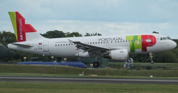 Airbus A319-111, CS-TTO, Lisbon to Manchester - TP324, Manchester Airport, TAP Air Portugal - 16/08/2018:17:10