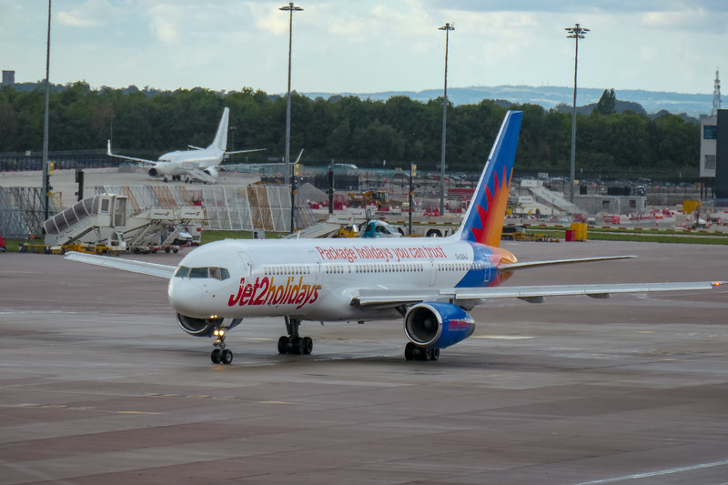 Boeing 757-236, G-LSAJ, Jet2, Manchester Airport, Manchester to Tenerife - LS917 - 16/08/2018:16:24