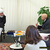 REF Amaan 017: Labour MP, Gerald Kaufman talking to Hadhrat Khalifatul Masih V.