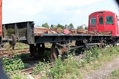 12t Flat Steel Ends DE170890  11/06/11