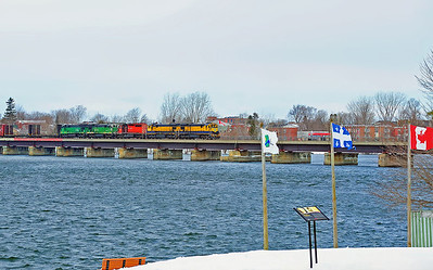 Montreal Maine & Atlantic #2, St-Jean Qc.  MM&A 3000 3603 CP 5910 MM&A 5078 5023