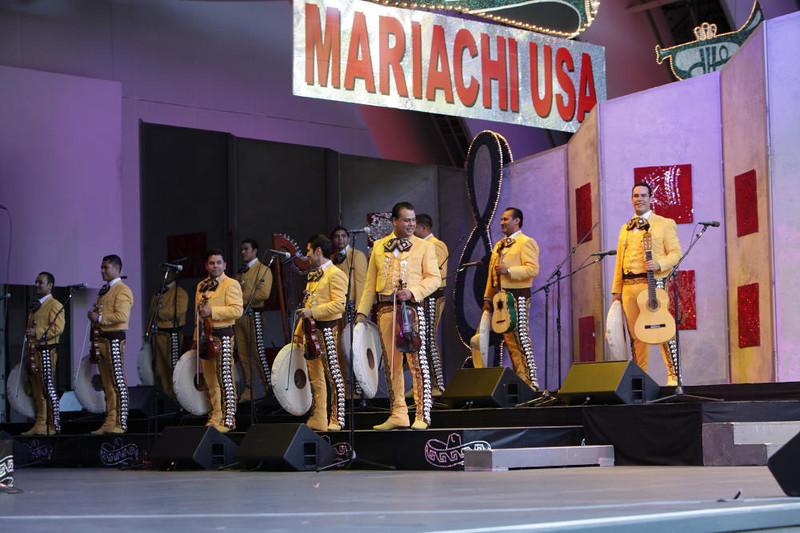 MariachiG8175