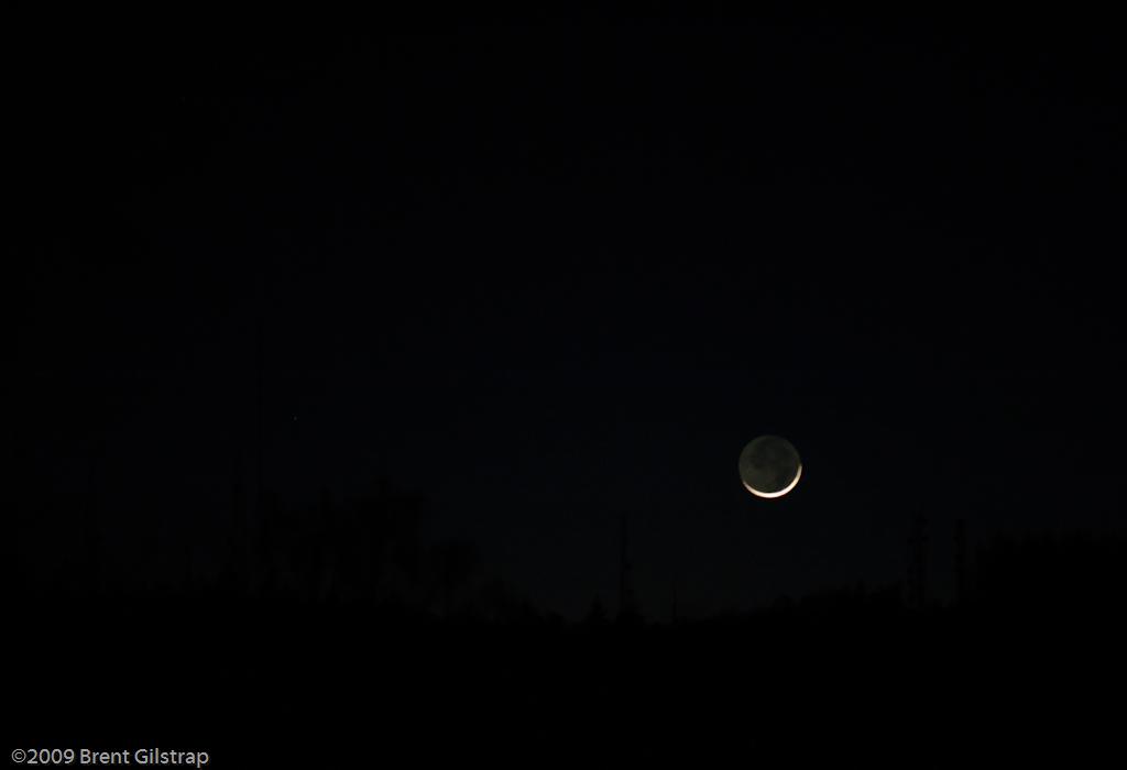 Moonset over Mt. Bullion<br /> <br /> 27 January 2009
