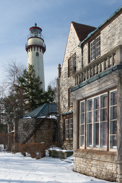 Winter scene along the Evanstons Arts Center and Grosse Point Lighthouse. Evanston, IL<br /> <br /> IL-080301-0107