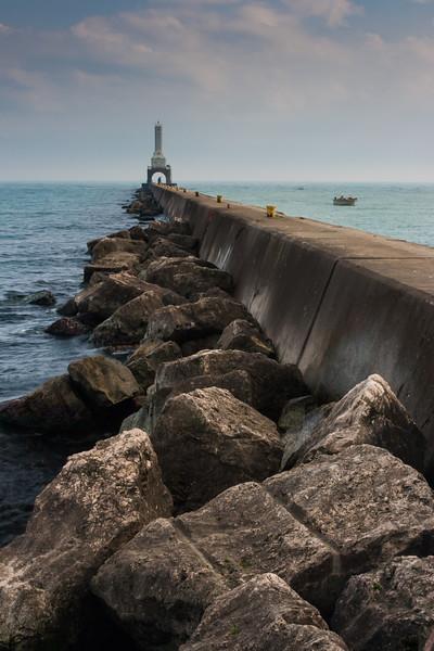 Port Washington breakwater and Lighthouse. Port Washington, WI<br /> <br /> WI-080924-0002