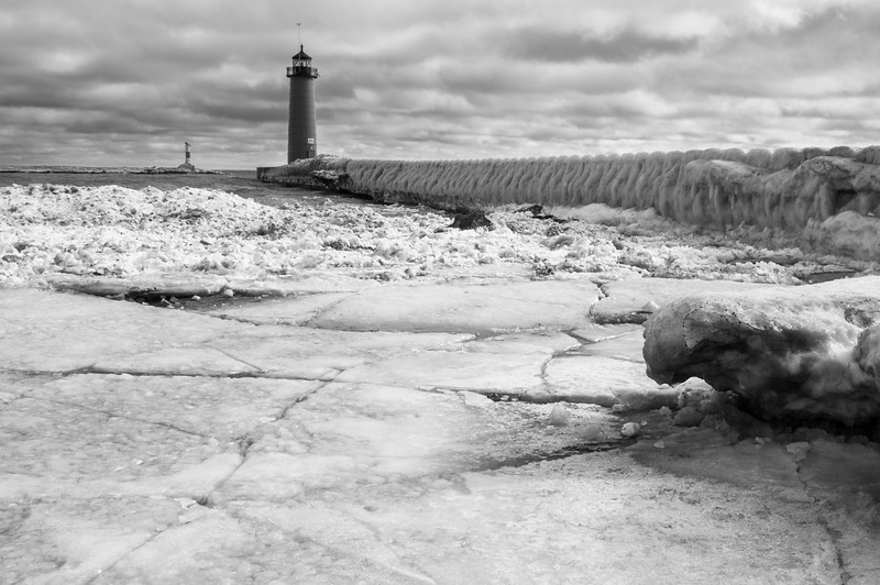 Ice flows stand where once the lake met the beach. Kenosha, WI<br /> <br /> WI-100124-0087