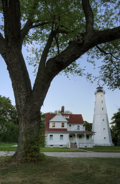 North Point Lighthouse at dusk. Milwaukee, WI<br /> <br /> WI-080811-0393