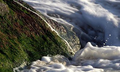 Falling Waves