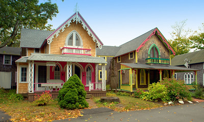 Oak Bluffs Homes