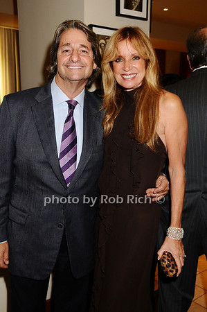 Dr.Larry Rosenthal, Sandra Rosenthal<br /> photo by Rob Rich © 2009 robwayne1@aol.com 516-676-3939