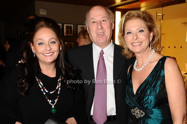 Jeri Cohen, Sandy Cohen, Pamela Morgan<br /> photo by Rob Rich © 2009 robwayne1@aol.com 516-676-3939