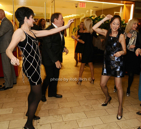Arlene Lazare, Lucia Hwong Gordon<br /> photo by Rob Rich © 2009 robwayne1@aol.com 516-676-3939