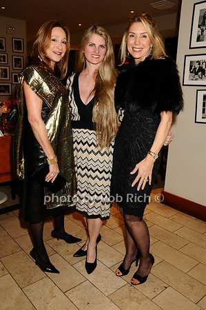 Jennifer Miller, Bonnie Comley, Jacqueline Murphy<br /> photo by Rob Rich © 2009 robwayne1@aol.com 516-676-3939